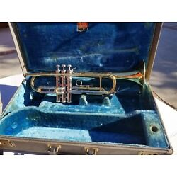 Kyпить 1959 CONN VICTOR Bb TRUMPET ALL ORIGINAL FINISH WITH CASE.  на еВаy.соm