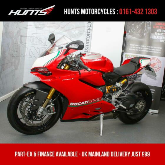 2015 '15 Ducati Panigale R. ONLY 1,438 MILES FROM NEW. Stunning Bike. £18,995