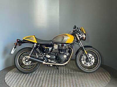 Triumph Street Cup 900cc 2017 67 plate with only 1401 miles