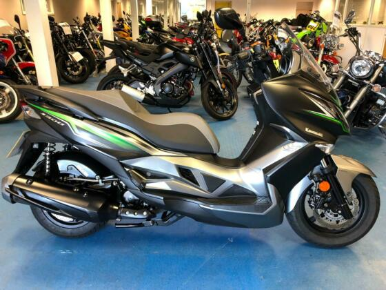 2017 - Kawasaki J300 (SC300CHF) 299cc ABS Special Edition - Scooter