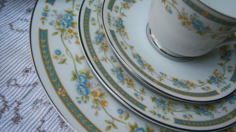 Sango Four Crown China Barclay Dish Set For 4 20pcs Ebay
