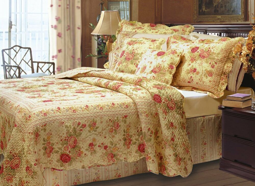 BEAUTIFUL TEXTURED QUILT SET ANTIQUE VINTAGE YELLOW RED