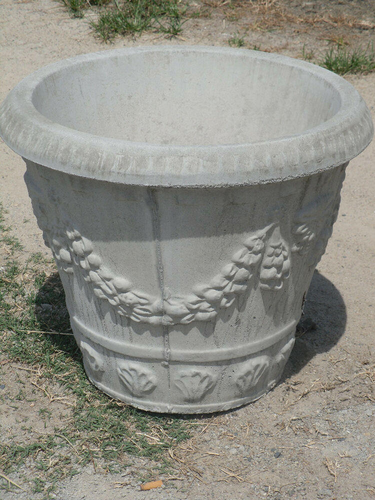 A pair of large 23 round swag design concrete planters ebay Concrete planters
