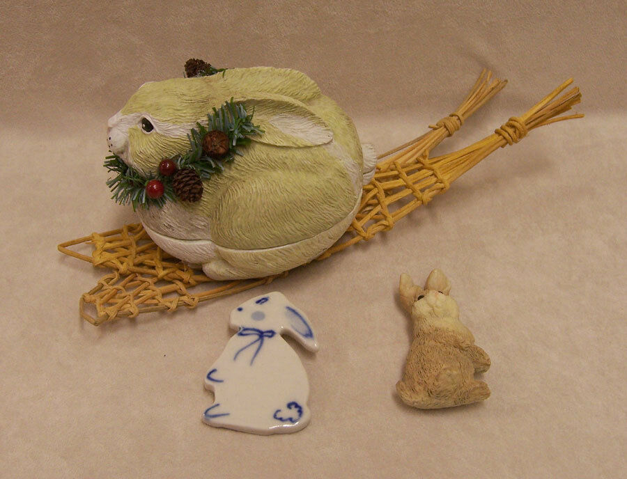 Lot of 3 bunny home decor snowshoe rabbit trinket box and for Rabbit decorations home