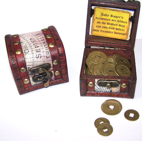 Play Money Toy : Pirates treasure chest full of coins pirate box play money