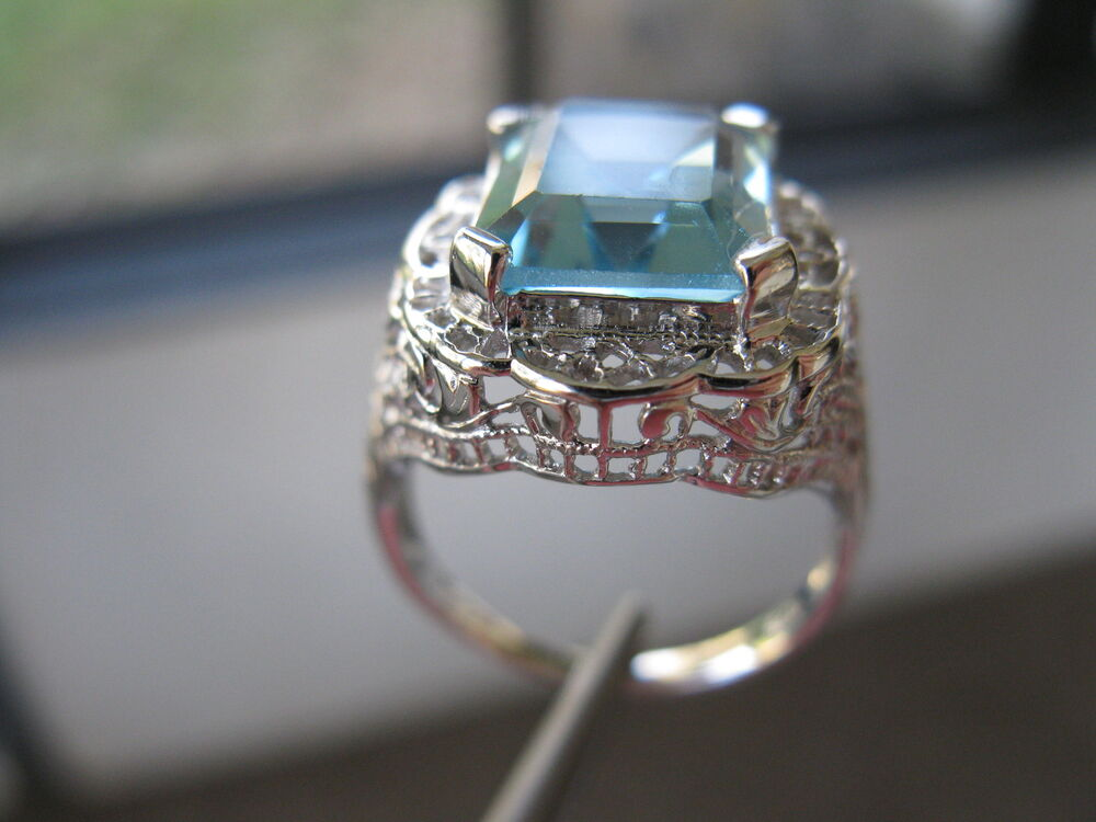 Buy Platinum Emerald Ring