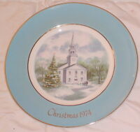 "Collector Plate Avon 1974 Christmas Country Church 9"" Across Gold Leaf Trim"