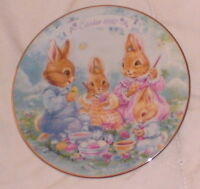 Mini Avon Plate Colorful Moments 1992 Bunnies Coloring Eggs Gold Leaf Trim 5""
