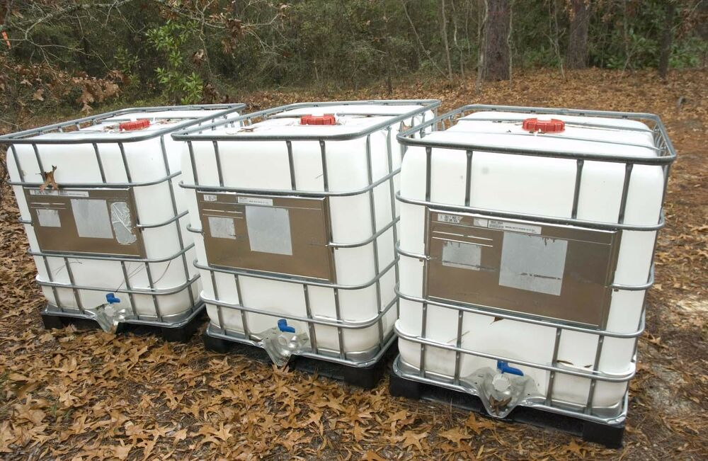 Food Grade 275 300 330 Gallon Watering Totes Tanks Rain