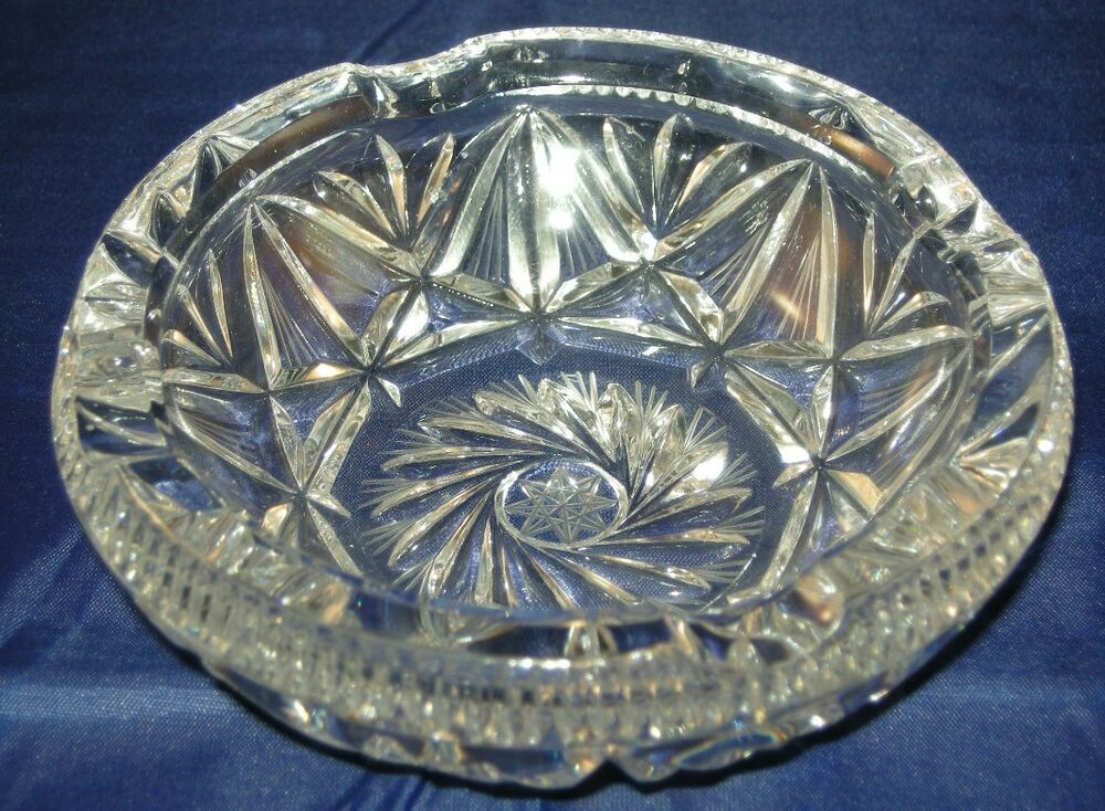 Gorgeous Heavy Etched Crystal Ashtray Star Center Deeply