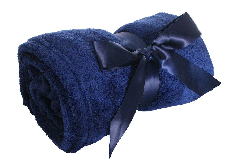 Super soft and warm blanket throw hot sale for for Soft blankets and throws