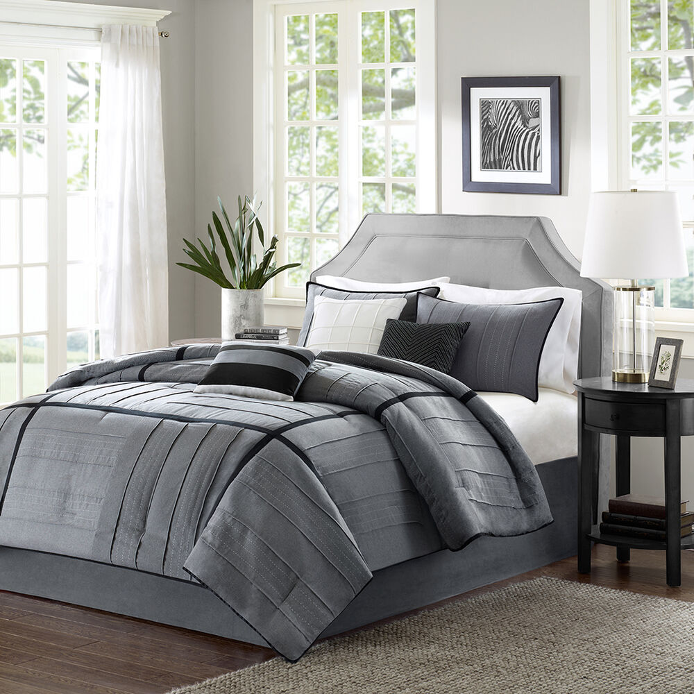 BEAUTIFUL 7 PC GREY BLACK IVORY SOFT MODERN FORTER SET