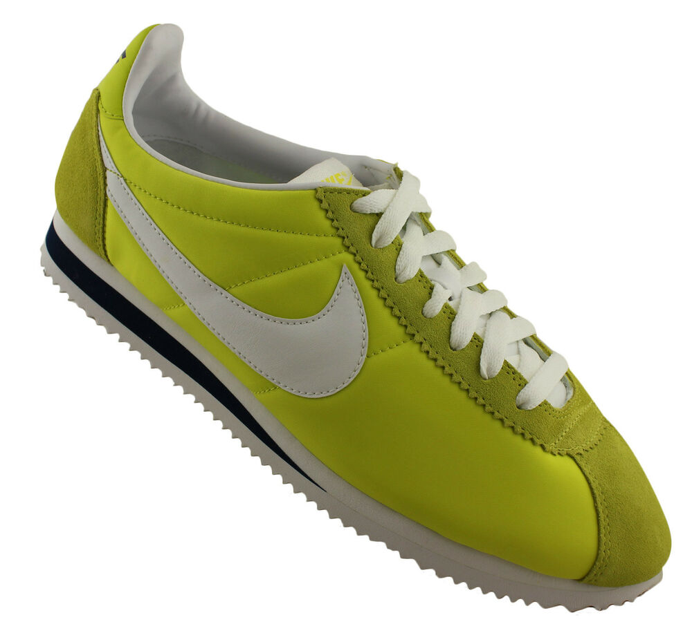 Nike Cortez Nylon Retro Style Shoes