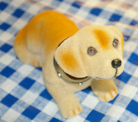 Wackeldackel - Dashboard Dog -  Armaturenbrett Figur , Hund 16,5 cm