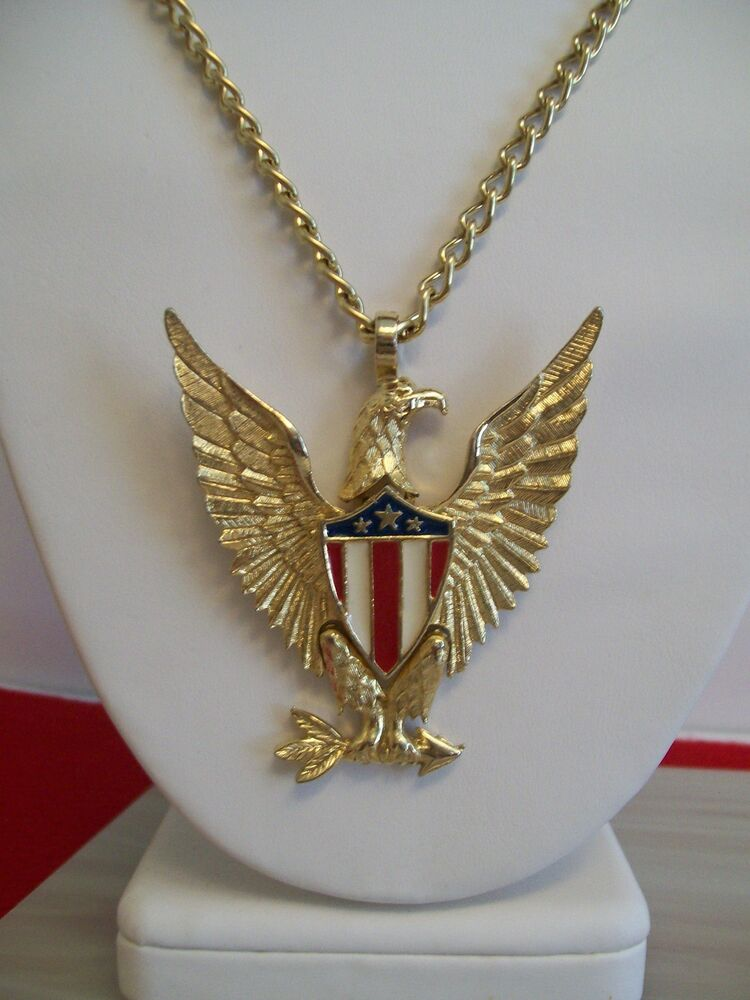 american eagle patriotic articulated pendant necklace
