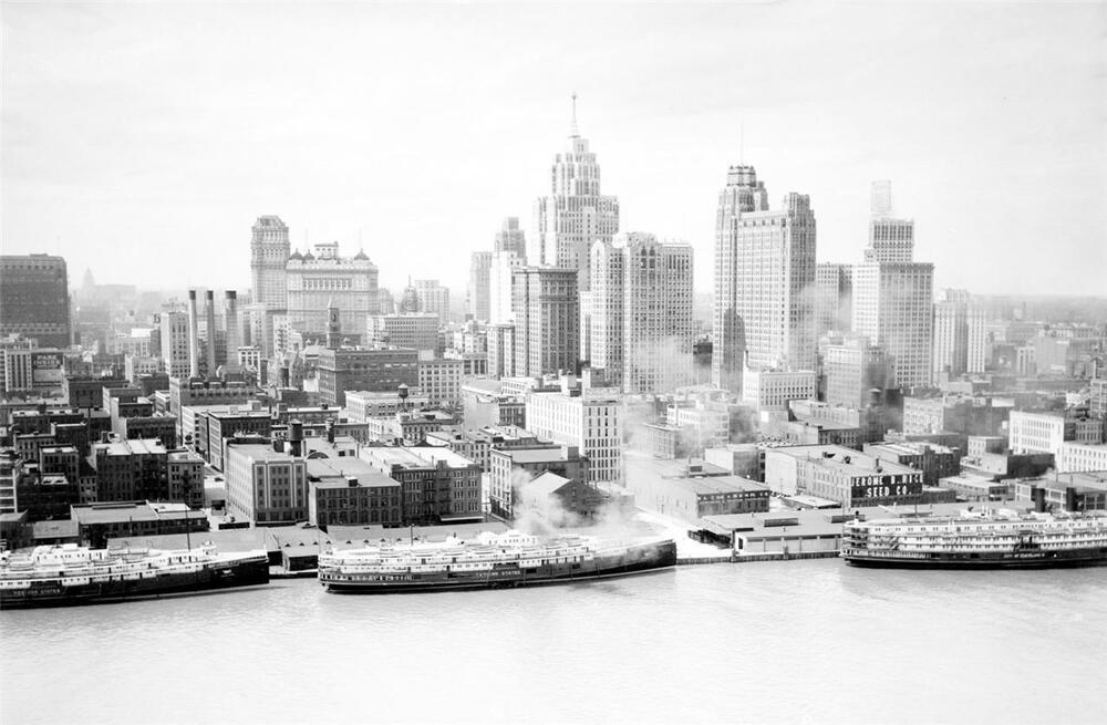 Vintage Detroit Skyline Glossy Poster Picture Photo