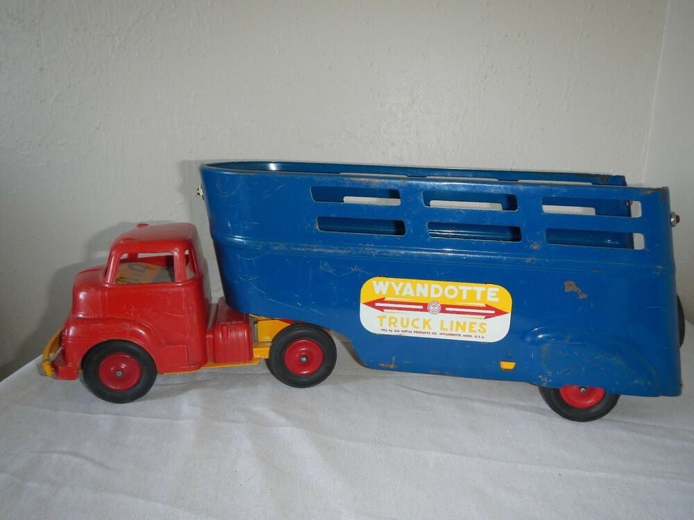 Semi Truck That S Also A Toy Car Holder : Vintage quot wyandotte truck lines tractor ebay