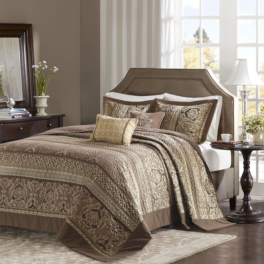 Beautiful Country Cabin Patchwork Rose Pink Gold Brown
