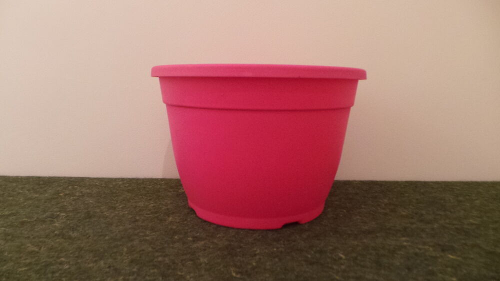 bright coloured heavy duty pink colour flower plant pot