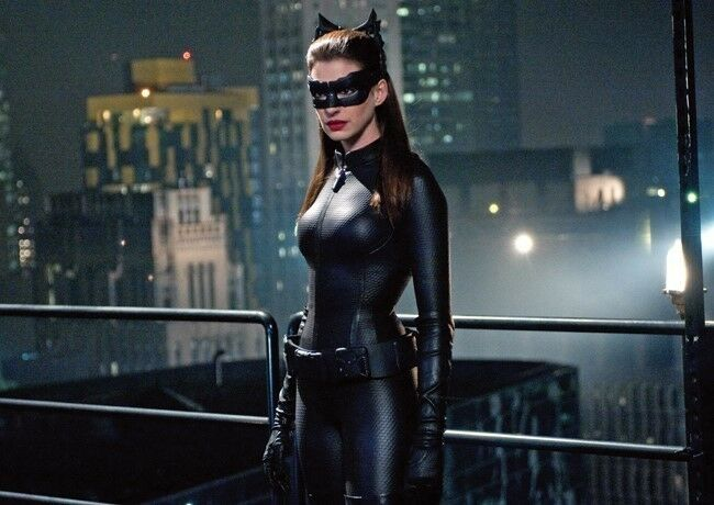The Dark Knight Rises Anne Hathaway Catwoman POSTER | eBay