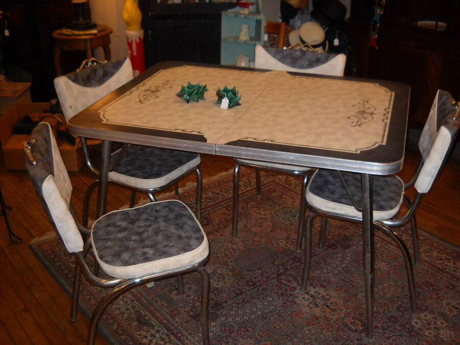 Vintage Chrome Table w 4 Chairs Kitchen Mid Century 1950