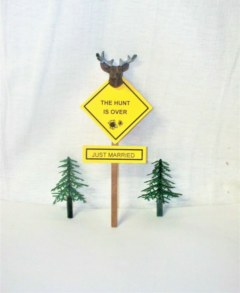 Wedding Cake Topper Deer Hunter Hunting Buck Deer Sign