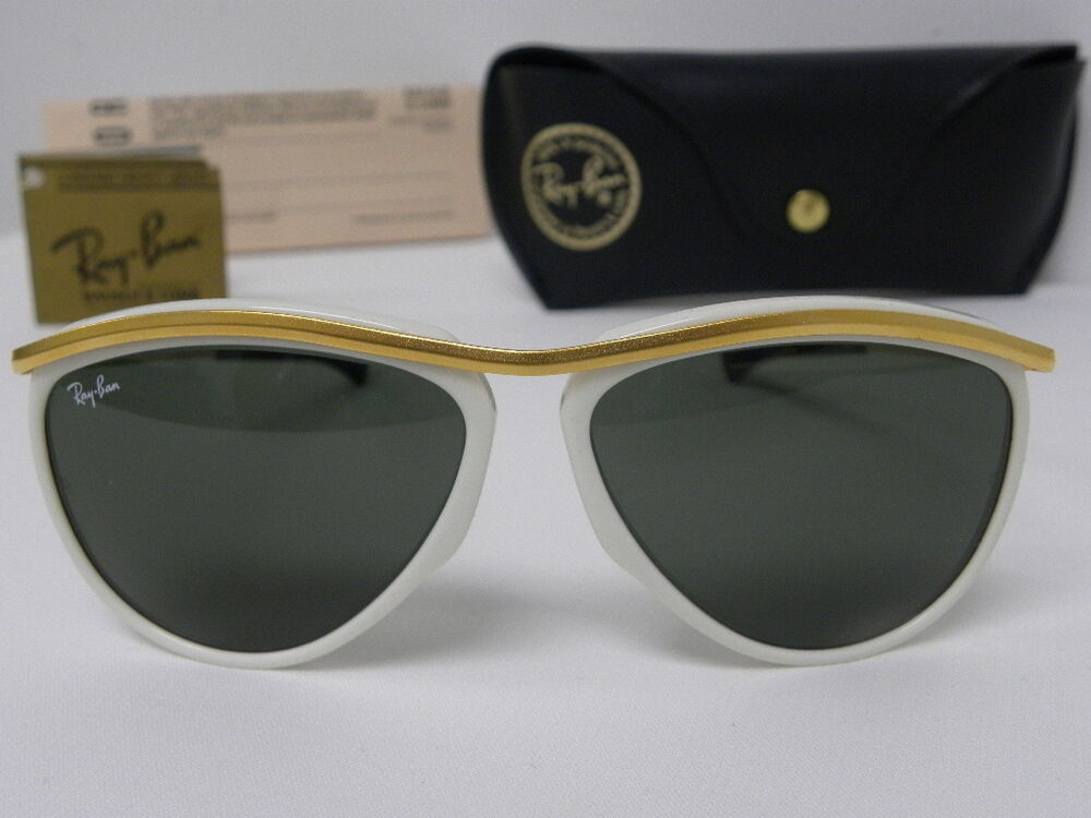 Shop all official Ray-Ban Aviator styles, frame colors and lens colors. Free Shipping and free Returns on all orders!