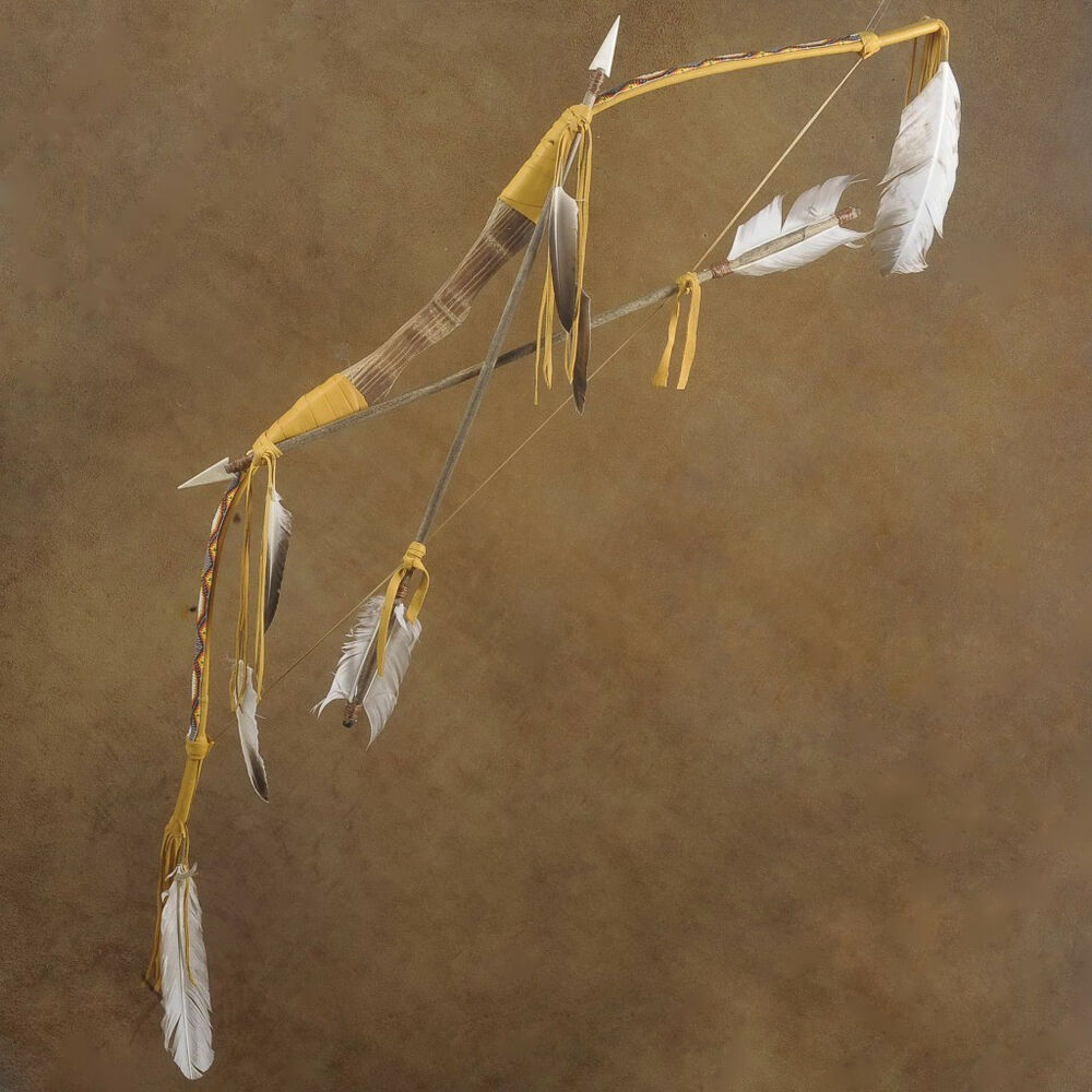 Traditional Indian Style Interior Design: Traditional Indian Style Bow And Arrows Beaded Buckskin