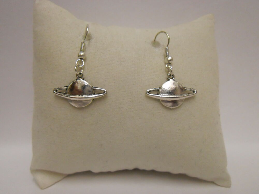 planet saturn earring - photo #39
