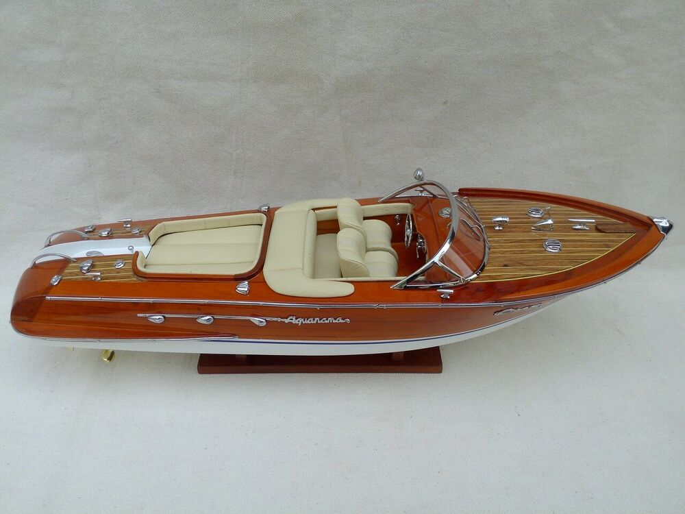 riva aquarama l50 cream wooden speed boat wood model boat handmade italian boat ebay. Black Bedroom Furniture Sets. Home Design Ideas