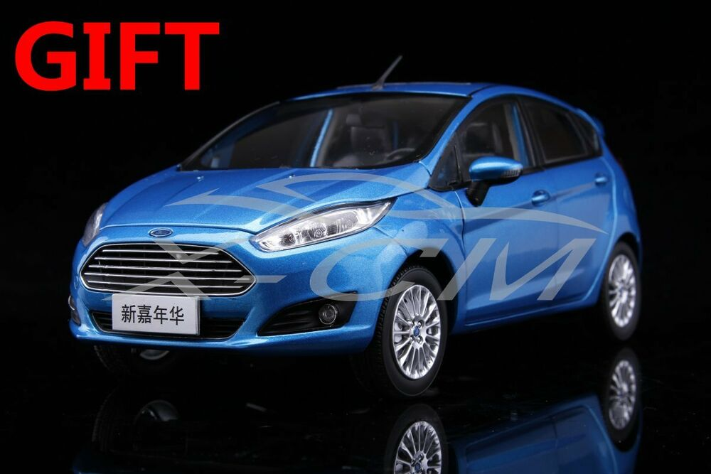 car model new ford fiesta 1 18 blue small gift. Black Bedroom Furniture Sets. Home Design Ideas