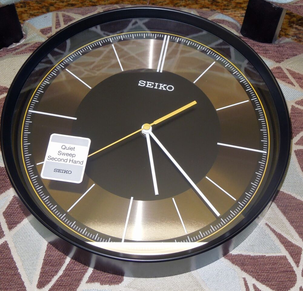 seiko black case 12 in diameter wall clock w quiet sweep second