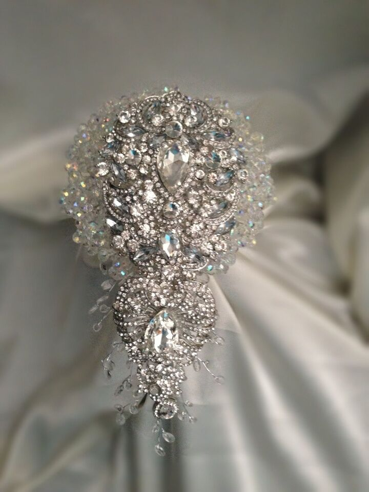 crystal wedding flower bouquets sensational wedding brides brooch bouquet made 3216