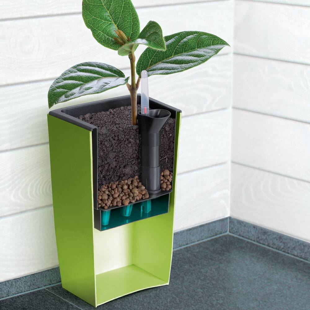 self watering insert for coubi tower subirrigation system. Black Bedroom Furniture Sets. Home Design Ideas