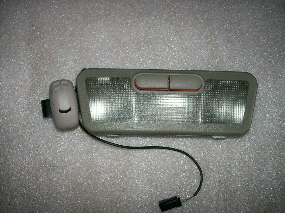 1999 2001 Cadillac Catera Interior Dome Lamp Map Light Assembly Ebay