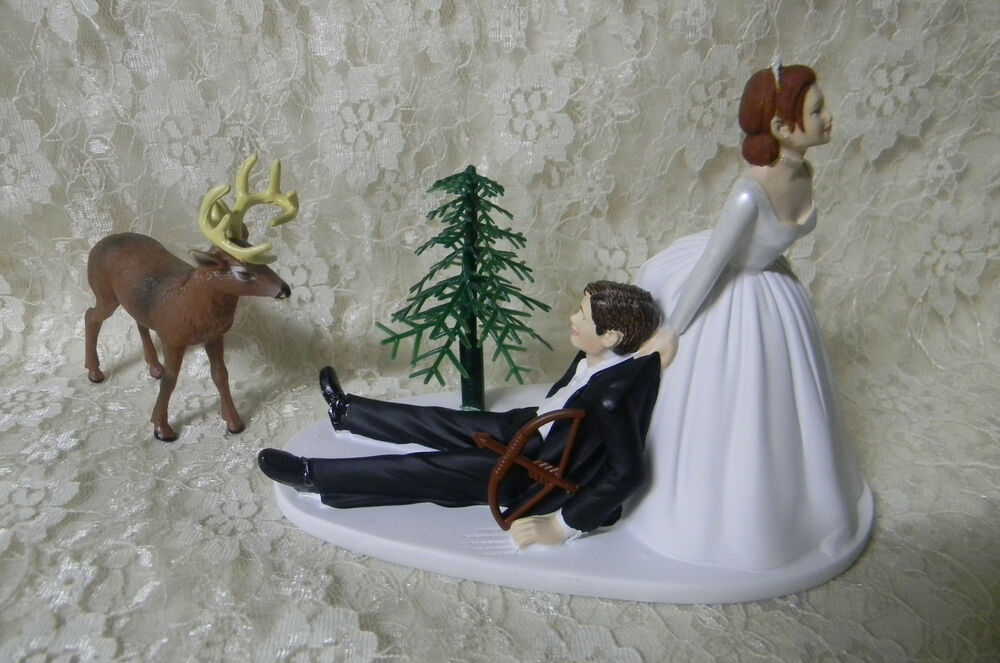 bow hunting wedding cake toppers wedding deer bow cake topper hair on 12107