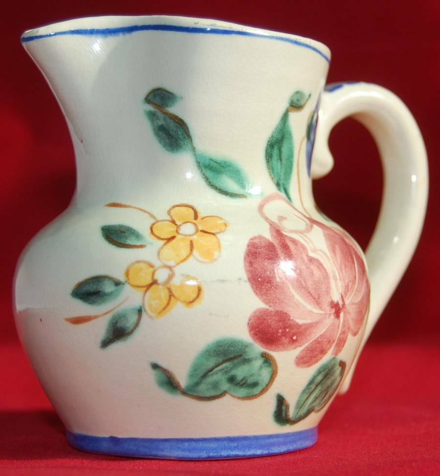 Red wing pottery pitcher creamer orleans pattern small for Pottery patterns