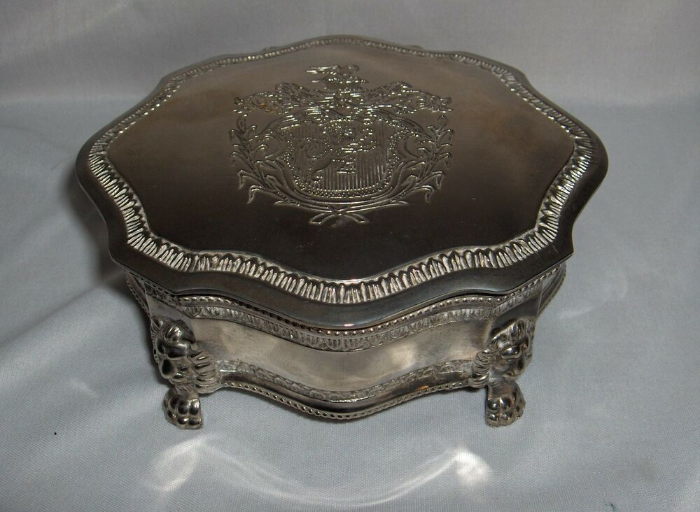 Vintage Silver Plate Hinged Jewelry Trinket Box Lion Crest