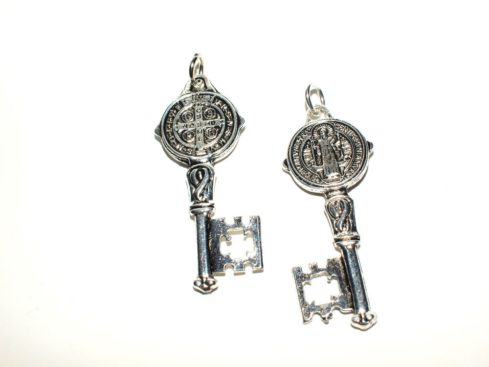 St Saint Benedict Silver Key Medal Protection Pendant For