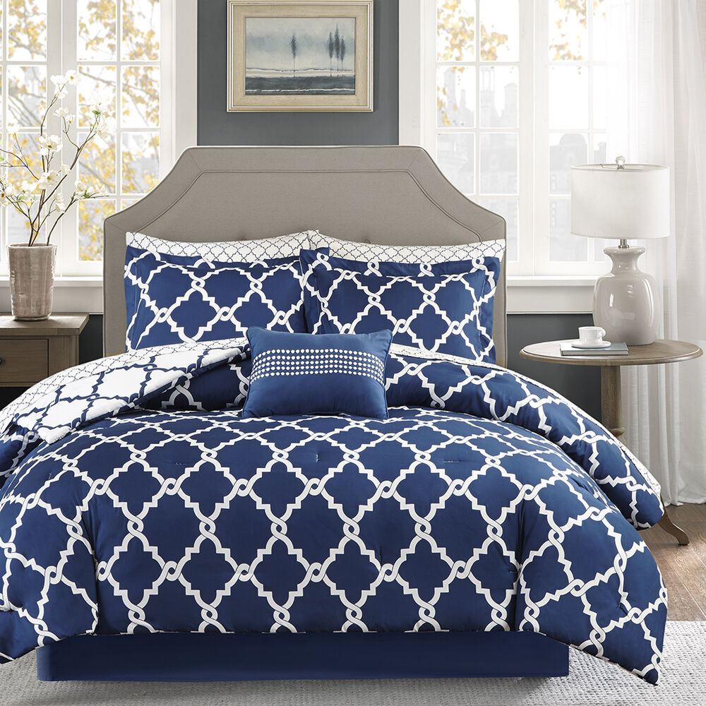 Beautiful Modern Chic Reversible Navy Blue White Comforter