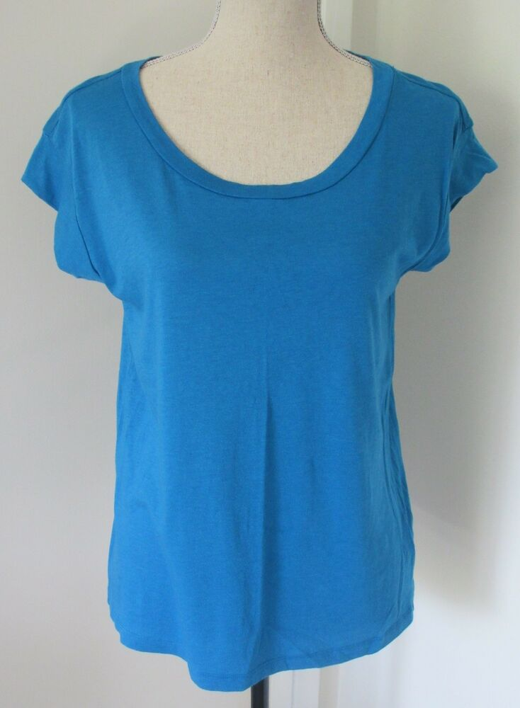 Gap blue tee shirt size s small womens short sleeve ebay for Types of womens shirts