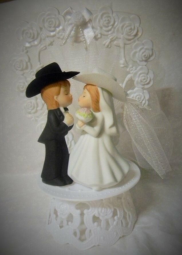 country couple wedding cake topper western wedding cowboy amp veil hat cake 12979
