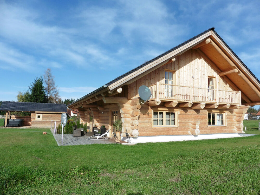 premium luxus wellness urlaub blockhaus ferienhaus blockh tte almh tte chalet ebay. Black Bedroom Furniture Sets. Home Design Ideas
