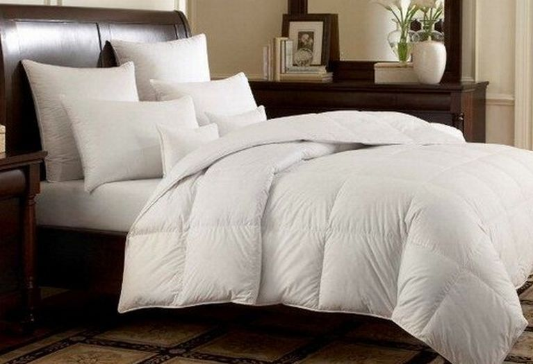White Goose Down Alternative Comforter Reversible Duvet