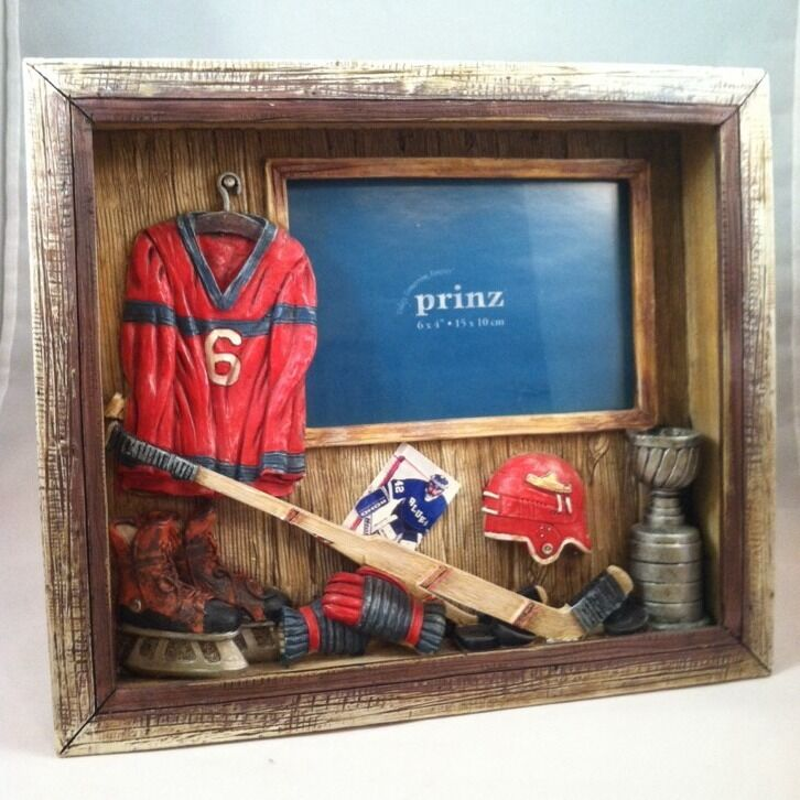 "Hockey Photo Frame, 3D, Picture Frame 4""x 6"". New In Box"