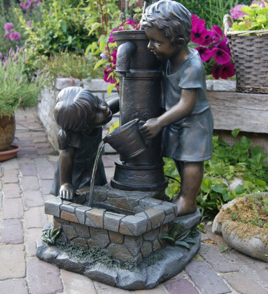 dekobrunnen dekorative gartenbrunnen kinder am brunnen wasserspeier wasserfall ebay. Black Bedroom Furniture Sets. Home Design Ideas