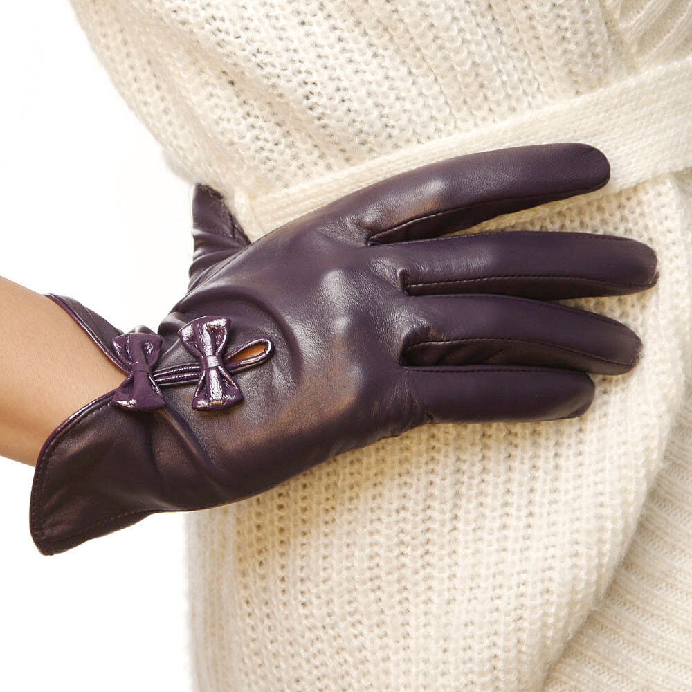 All Items On Sale (1) Clearance (1) Everyday Great Price (+) Free Shipping (+) All Items On Sale. Discount (+) All Discounted Items (+) 10% off and more (+) ILI Women's Tech Leather Glove with Multi Color Inlay. Sold by lidarwindtechnolog.ga $ $ Redline Leather Redline Men's Gauntlet Fleece Gator Lining Leather Gloves.