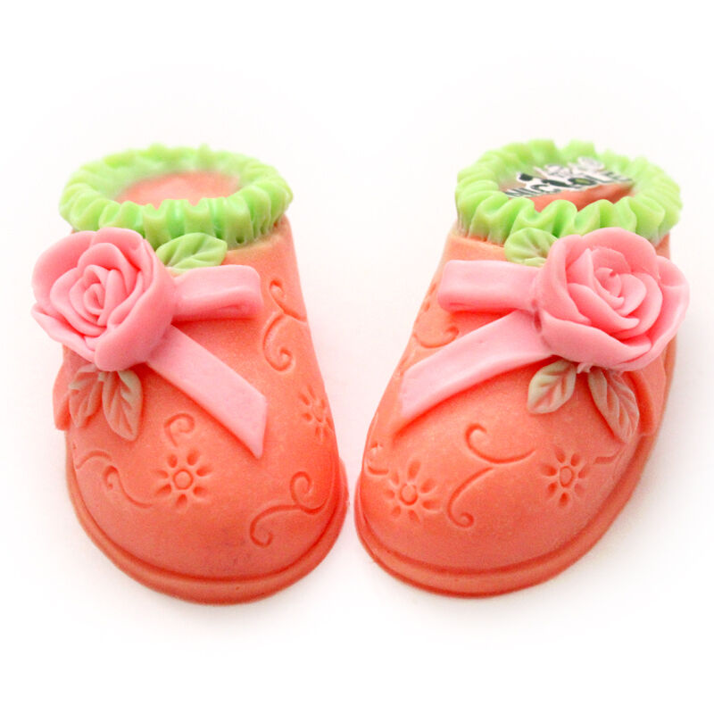 Baby shoes silicone soap mold fondant cake decorating for Baby footprints cake decoration