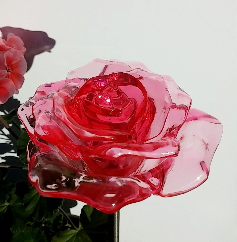 4x solar red rose flower garden path stake patio yard for Light up flower lamp
