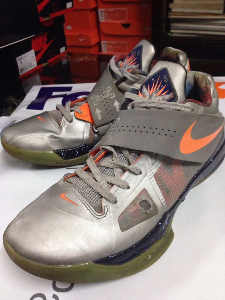 Zoom kd 4 iv sz10 all star galaxy 520814 001 2012 aunt for Kevin durant weatherman shirt